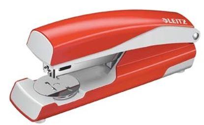 Obrázek Kancelářský sešívač Leitz 5502  -  světle červená
