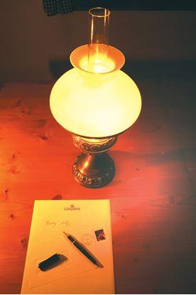 Obrázek Papíry Conqueror A4 žebrované - papír krémový / 500 listů